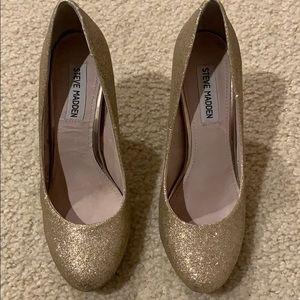 Aldo gold shimmer heels